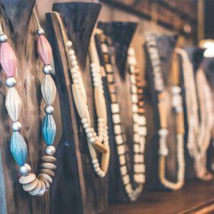 Jewelry & Bijouterie